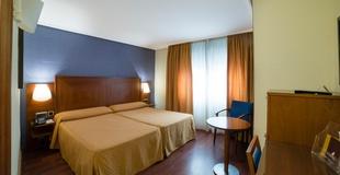 DOUBLE ROOM Torreluz Centro Hotel