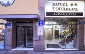 Entrance Torreluz Centro Hotel